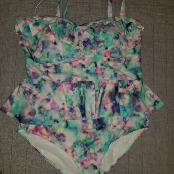 torrid Other - Torrid size 1 Peplum One piece swimsuit